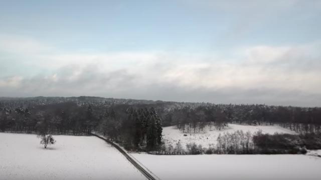Drone toont mooi sneeuwlandschap Veluwezoom
