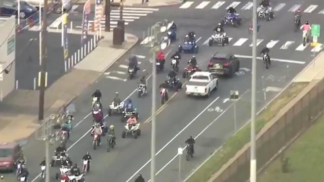 Honderden motorrijders verstoren verkeer in Philadelphia