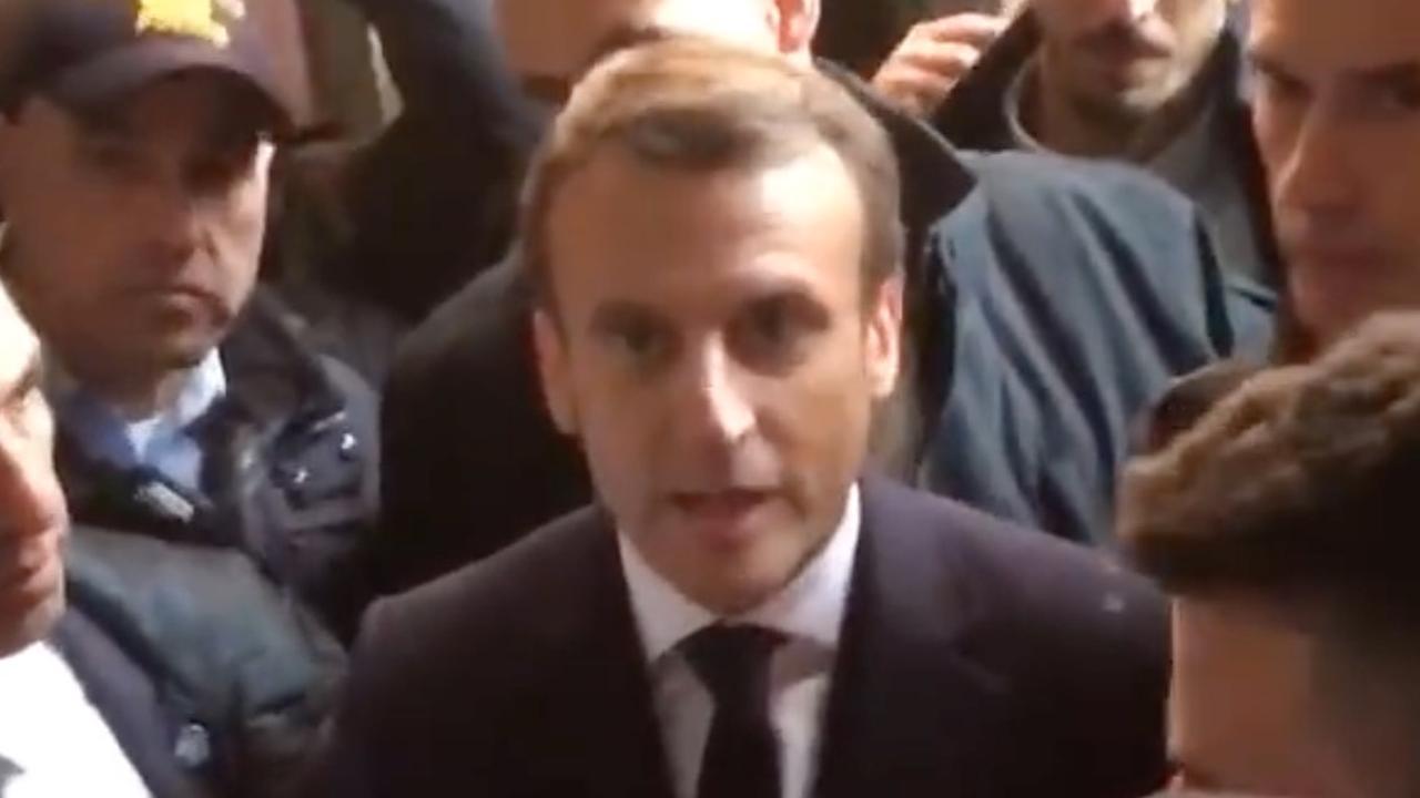 Macron valt uit tegen Israëlische agenten in Jeruzalem