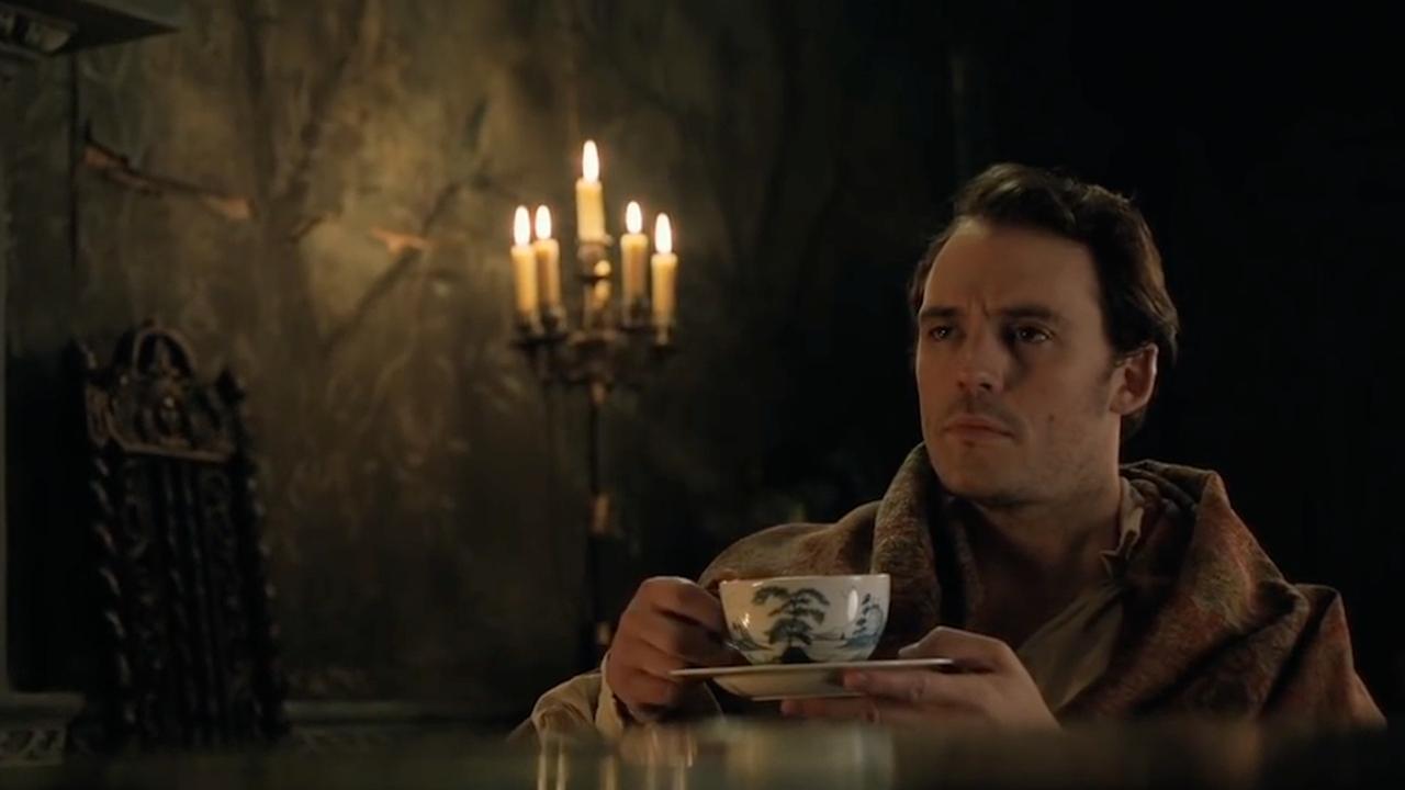 Sam Claflin had een stuntman voor zijn hete thee willen hebben