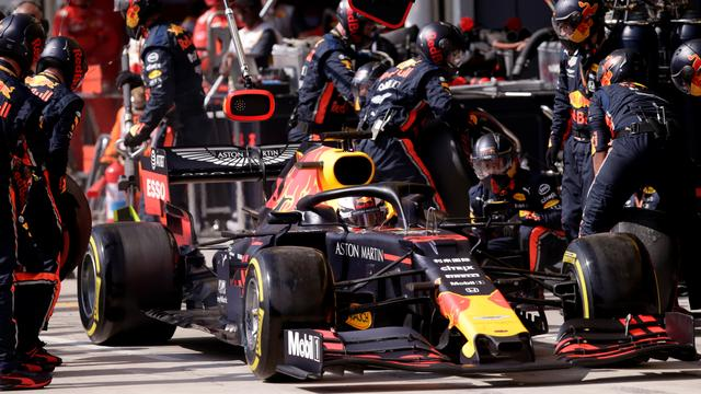 Red Bull vestigt met Verstappen nieuw pitstoprecord in Formule 1