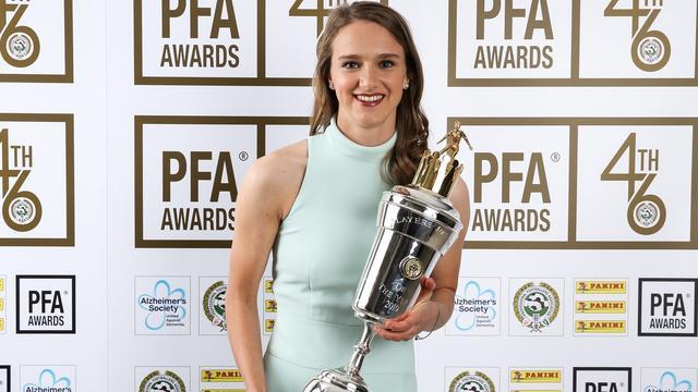 Miedema door collega's tot beste voetbalster van Engeland verkozen