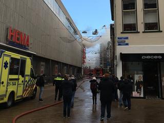 Brandweer: sluit ramen en deuren