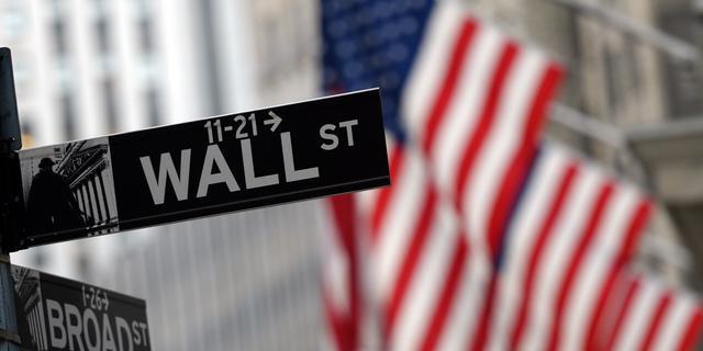 Wall Street sluit onrustig kwartaal positief af