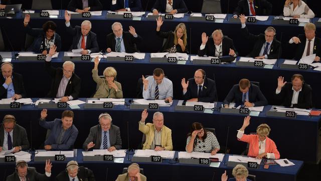 Europees Parlement stemt in met zwakkere vorm netneutraliteit
