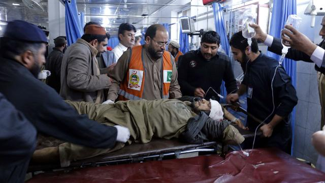 Veel doden bij bomaanslag in Pakistan