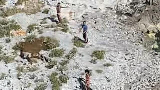 Een door de kustwacht vrijgegeven foto van het drietal.