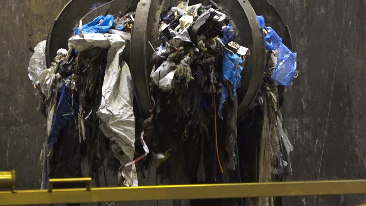 Wat gebeurt er met het aangespoelde afval op de Wadden?