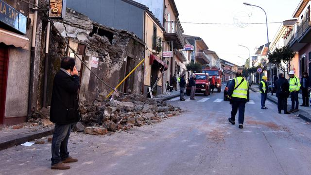 Honderden Sicilianen dakloos na aardbeving veroorzaakt door Etna