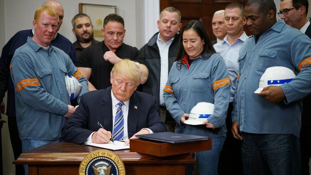 Trump voert heffingen op buitenlands staal over twee weken in