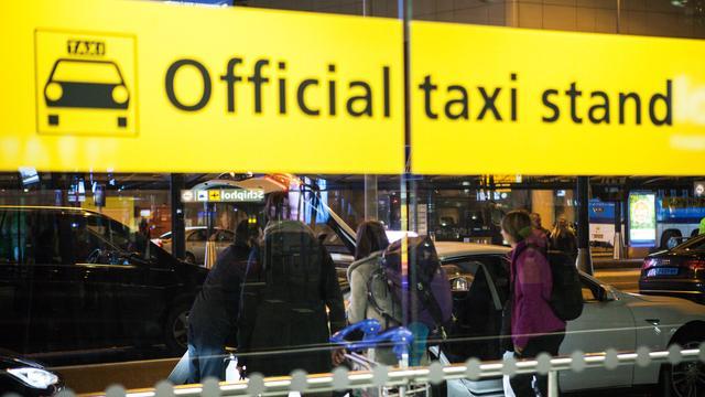 Aantal startende taxibedrijven fors gestegen in 2016