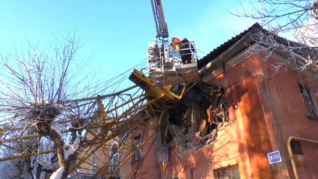 Dode en gewonde na omvallen hijskraan in Russische stad Kirov