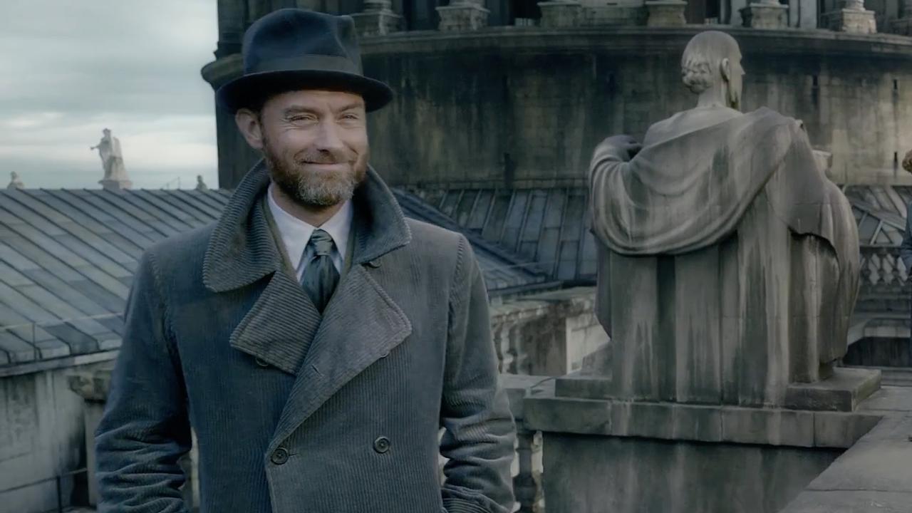 Jude Law als Perkamentus te zien in nieuwe trailer Fantastic Beasts 2