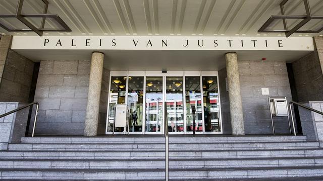 OM eist twee jaar cel voor zware explosie tijdens jaarwisseling in Leiden