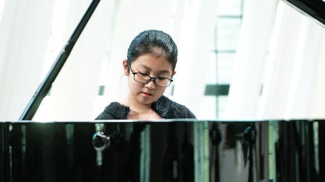 Pianiste Huayuwint grote muziekprijs