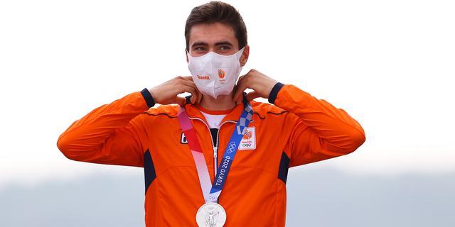 Dumoulin verovert knap zilver in tijdrit, olympische titel voor Roglic