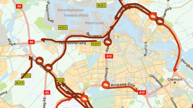 Avondspits neemt af, grote vertraging bij Amsterdam, Schiphol en Utrecht