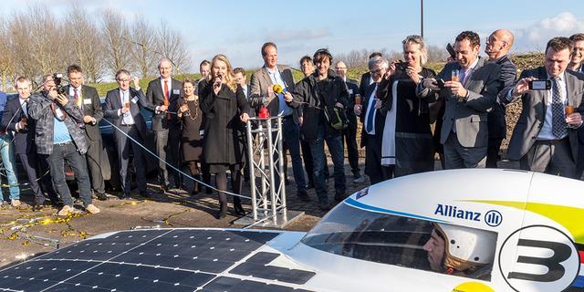 Schultz start werkzaamheden eerste energieneutrale snelweg