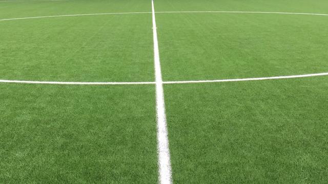 Indoor Soccer Centre Groningen verwijdert gevreesde kunstgrasmatten