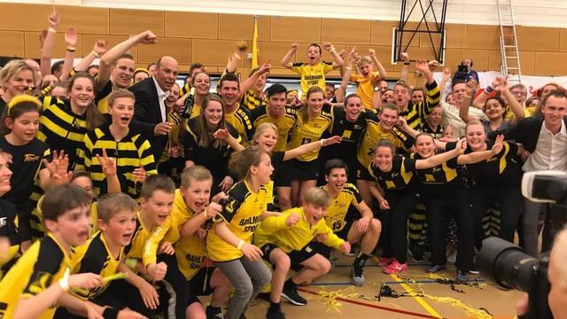 Tempo wint en promoveert naar hoogst haalbare korfbalcompetitie