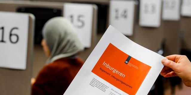 1.250 immigranten getroffen door fouten in inburgeringsexamen