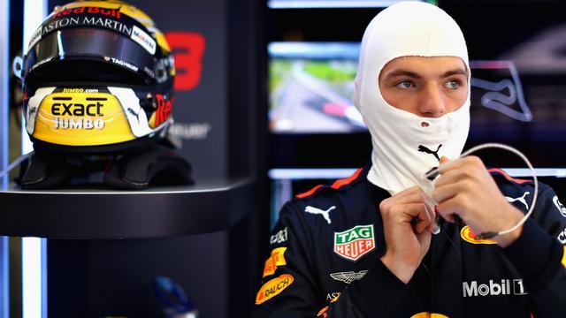 Verstappen rijdt derde tijd achter Mercedes-duo in eerste training Oostenrijk