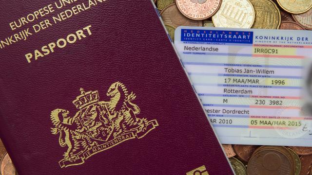 Gemeente gaat paspoorten op aanvraag thuis bezorgen