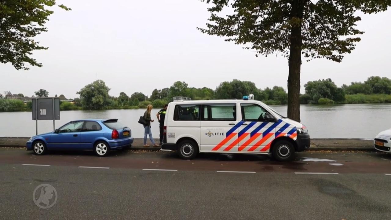 Heldendaad in Kampen: voorbijganger redt vrouw uit IJssel