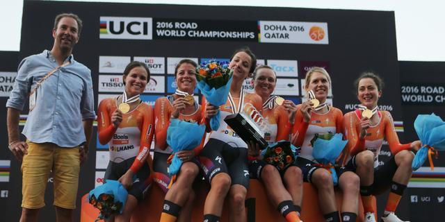Van Dijk en Blaak pakken met Boels-Dolmans wereldtitel ploegentijdrit