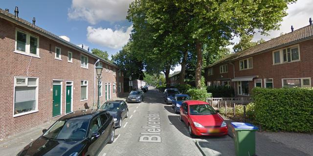 Vrouw raakt zwaargewond bij steekincident in woning Rotterdam-Feijenoord