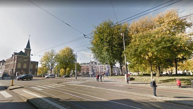 Scooterdief rijdt eigenaar omver in Marnixstraat