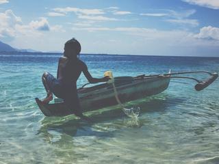 Bajau-volk leeft al duizend jaar in en op de zeeën bij Indonesië