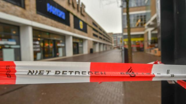 Winkelcentrum Baronie weer open, Alphen neemt schade op na westerstorm