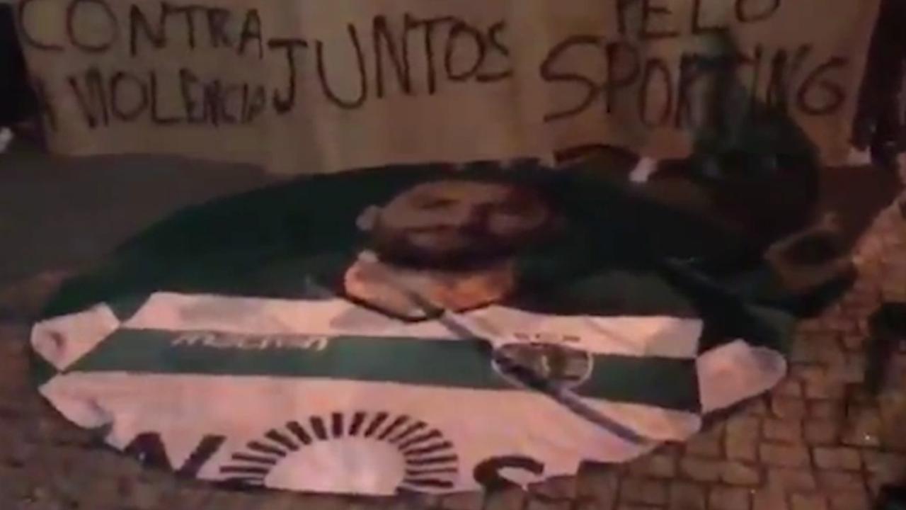 Sporting-fans scanderen naam Bas Dost na aanval van hooligans