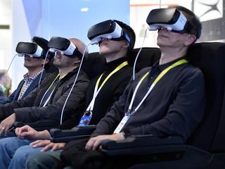 'HTC Vive verkoopt beter dan de Oculus Rift'