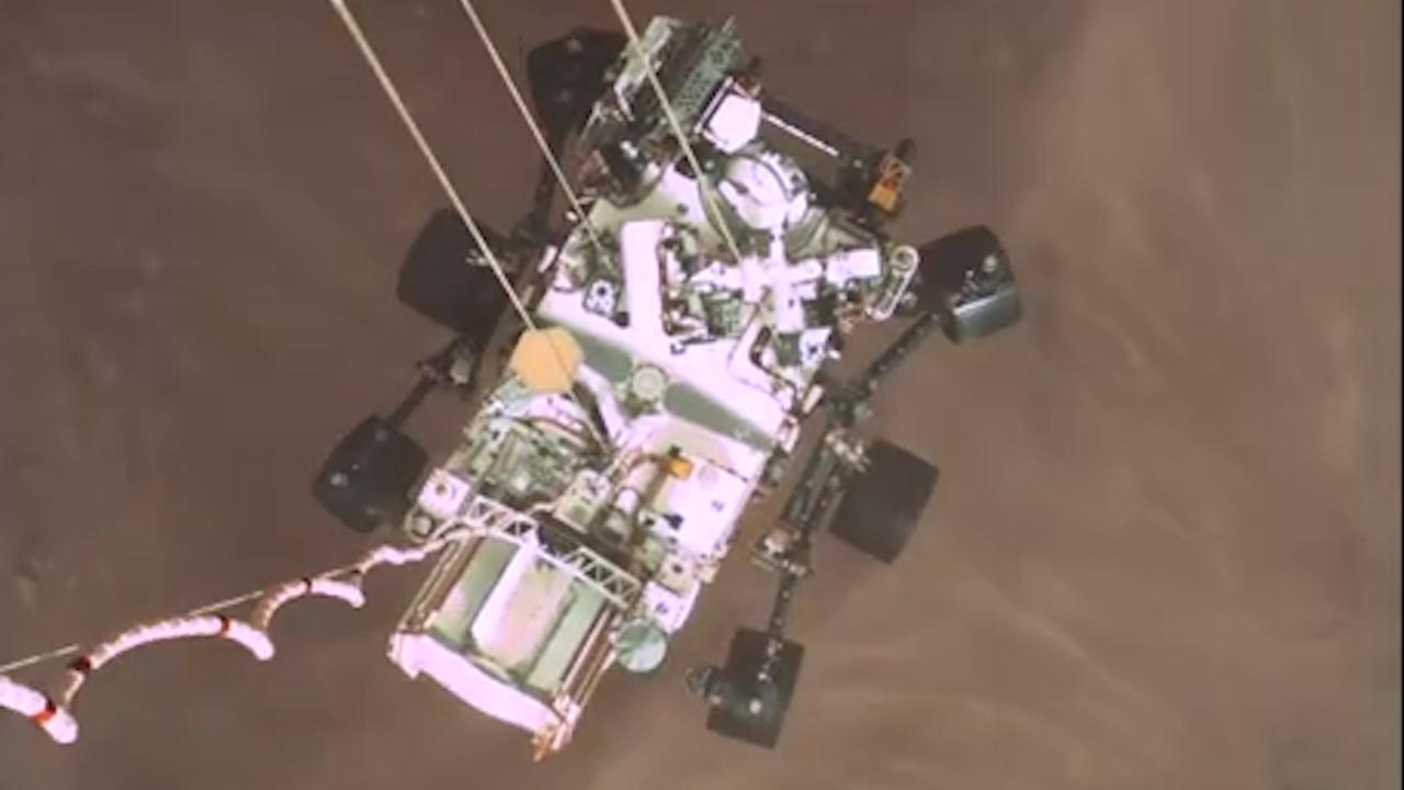 NASA deelt nieuwe beelden van landing ruimtevoertuig op Mars - NU.nl