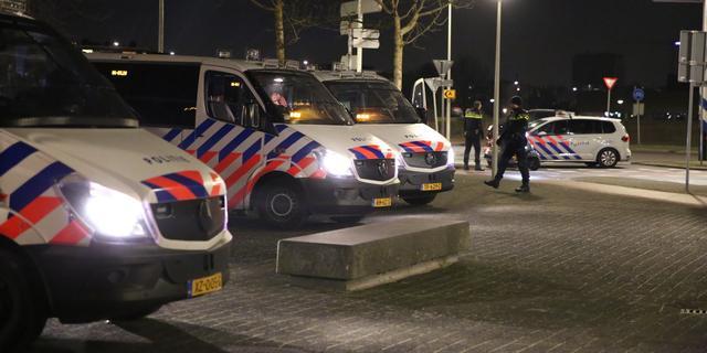 Wapens en vuurwerk gevonden bij huiszoekingen na rellen Den Haag