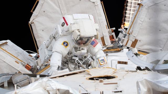 Eerste ruimtewandeling met alleen vrouwen
