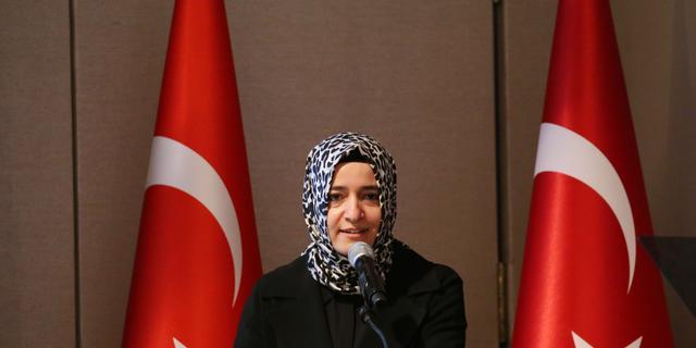 Turkse minister staakt rechtszaak tegen Nederlandse overheid