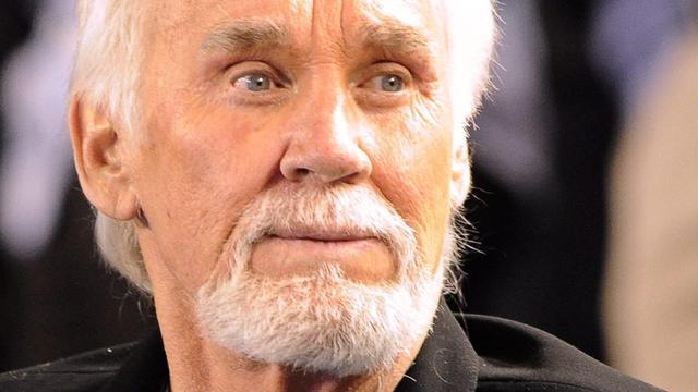 Zieke Kenny Rogers (79) annuleert vroegtijdig afscheidstour