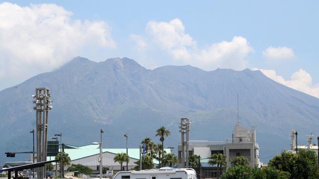 Sakurajima-vulkaan in Japan barst uit