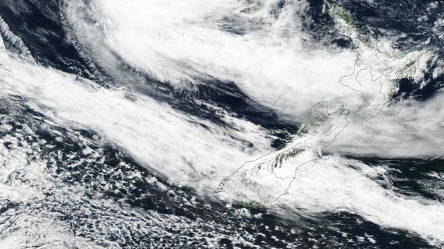 Zesduizend mensen geïsoleerd in Nieuw-Zeeland door cycloon