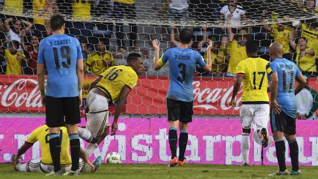 Colombia voorkomt in slotfase zege Uruguay, Argentinië verliest