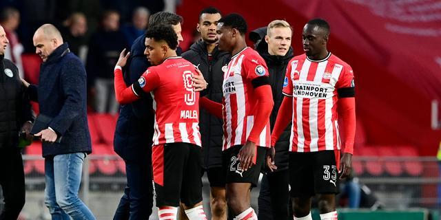 Schmidt trots dat PSV rustig bleef ondanks 'vreemd voetbal' van FC Groningen