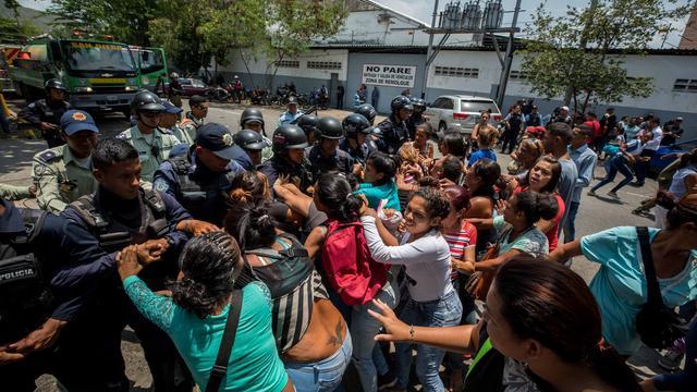 Ecuador opent humanitaire corridor voor vluchtelingen Venezuela