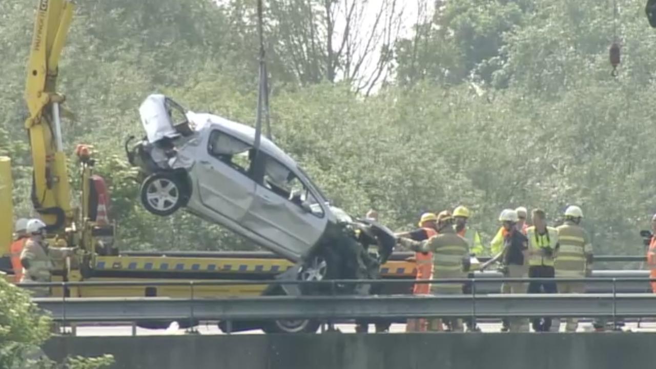 Drie doden bij verkeersongeluk op de A6 bij Lelystad