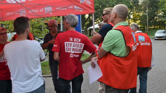 FNV protesteert tegen aanstaand cao-akkoord schilders