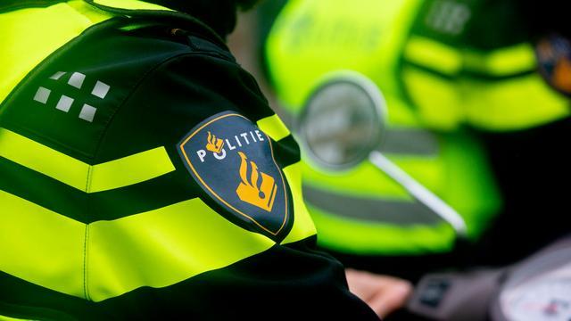 Politie vindt chemicaliën voor synthetische drugs in auto op Floraplein