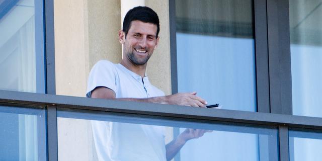 Imago Djokovic brokkelt verder af: 'De sport heeft types zoals hij nodig'