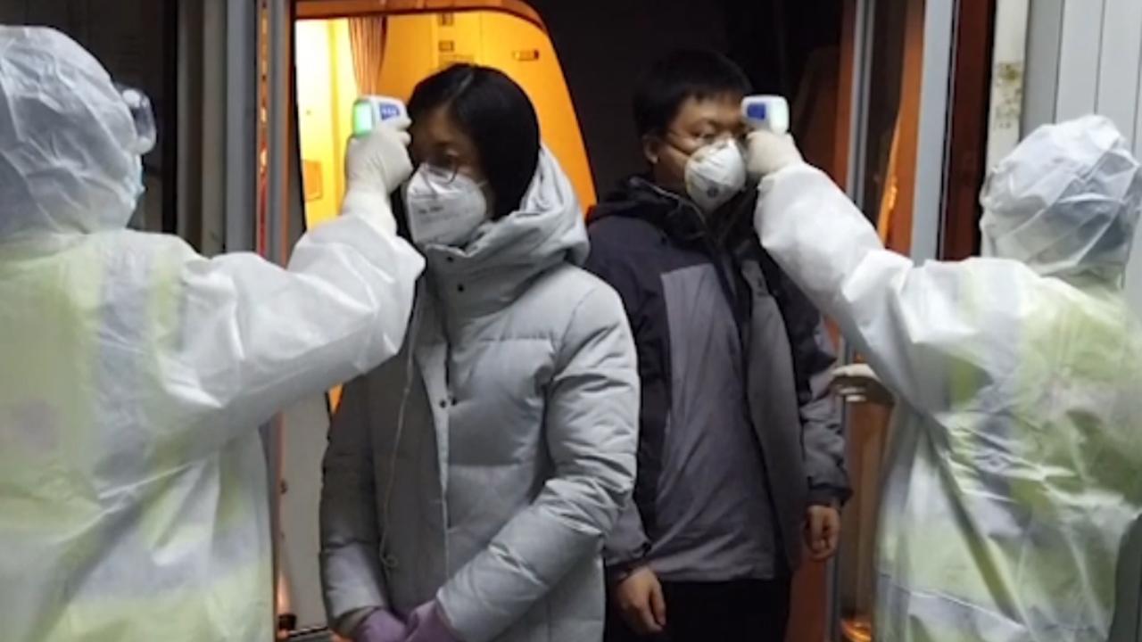 China houdt strenge controles op vliegveld Wuhan om coronavirus